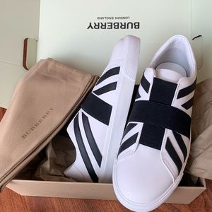 Burberry Union Jack Motif Slip-on sneakers (37.5)